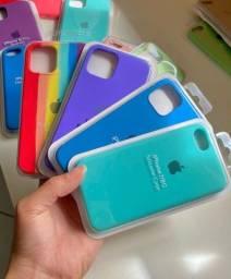 Capinhas para iPhone e Samsung
