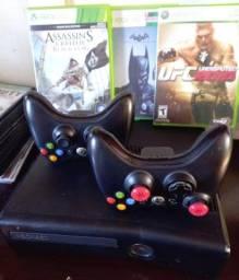 Xbox 360 slim 2 controle 3 jogos
