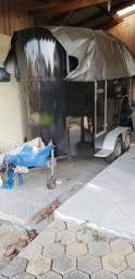 Carretinha dois eixos, transporte cavalos