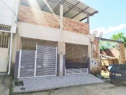 Casa na Rua Sucupira | Lote com 240 m² - Jardim Vitória, Santana do Paraíso!