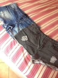 Vende-se 2 shorts jeans por R$15,00