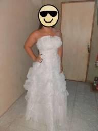 Vestido de noiva 350$ entra em contato nesse zap * Luna
