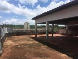 Terreno com construção 280 m²