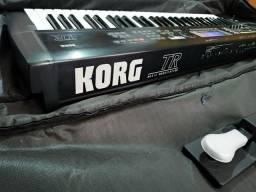 Teclado korg TR Workstation