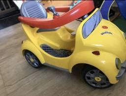Carrinho de Criança Carro Semi Novo