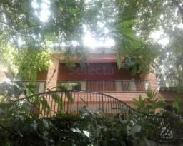 Espetacular Casa Duplex com 854m² com belíssima vista para a serra