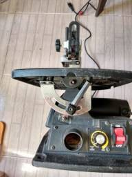Serra Tico-Tico de Bancada 130W 125mm - MAKITA-SJ401<br><br>