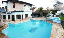 Casa com piscina, sauna e churrasqueira no Centro de Penedo, Itatiaia- RJ