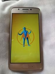 Celular Motorola G5(normal), 32 GB. Usado. Cor Dourada