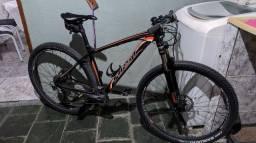 Vendo bike First Lunix aro 29