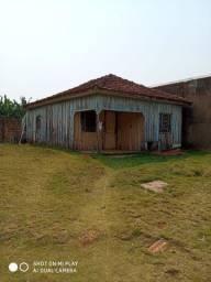 Vendo casa pra demolição