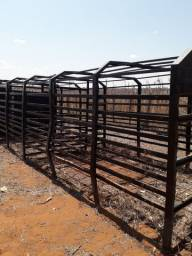 Vende-se gaiola transporte de animais