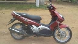 vendo uma moto marca não dá Yamaha valor 3700