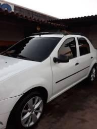 Renault Logan Branco 1.0 Flex 2010 Completao