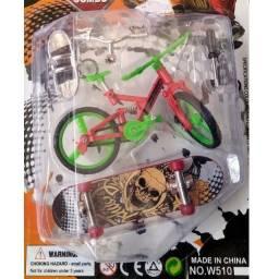 Kit Miniatura Bicicleta + Skate de dedo Acessório Suporte Brinquedo Diversão