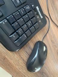Teclado e Mouse Microsoft 600