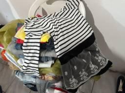 Lote de roupas para bazar