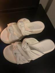 Vendo sandalia n36