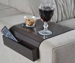 Apoio de sofa com porta controle