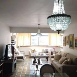 Apartamento para venda possui 167 metros quadrados com 1 quarto em Ponta Verde - Maceió -