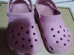 Crocs original tamanho 8 9 calça 24 25
