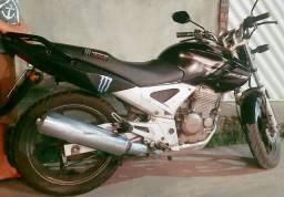 CB Twiste 250