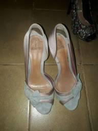 Vendo sapatos altos
