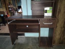 Mesa para computadores