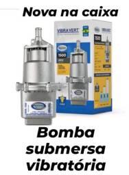 Bomba submersa vibratória
