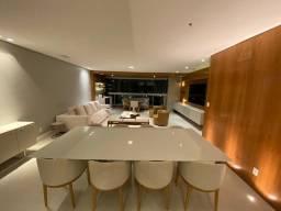 Excelente apartamento de fino acabamento na melhor localização do Jardim Europa .