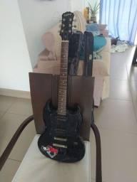 Guitarra Elétrica SG Epiphone G310 Preta semi-nova em excelente estado