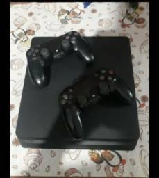 Ps4 Slim 1 tera + 2 controles + 6 jogos