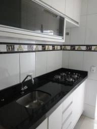 Apartamento térreo em ótima localização! Condomínio Altos do Sumaré II