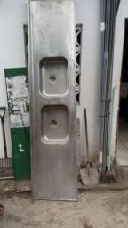 Balcão de aço inox 2 cubas c/2,50m
