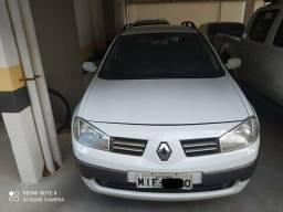 Renault Megane Grand Tour 2012, único dono.