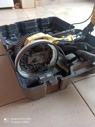 Lixadeira presisando de manutenção
