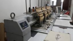 Máquina de borda de 4 cabeças completa com bastidores