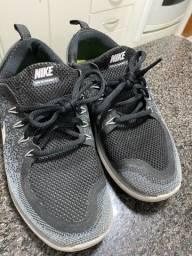 Tênis Nike original  50 reais