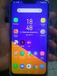 Celular Asus desbloqueado com 64 GB e 4 de RAM