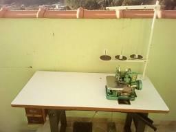 Máquina reta industrial, overloque semi industrial