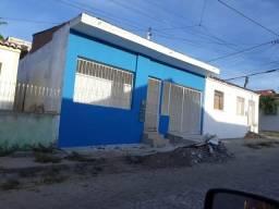 Alugo casa 3/4 em Itaberaba (bairro São João)