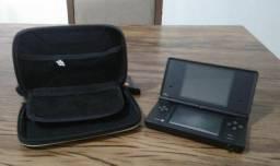 Console portatil nintendo DS + capa protetora + cartao R4
