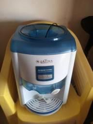 Bebedouro agua refrigerada defeito