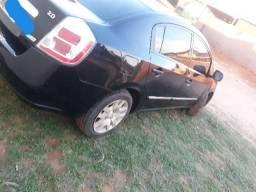 Nissan Sentra  - 2011