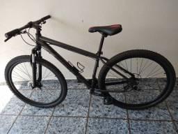 Bicicleta aro 29 First 29V