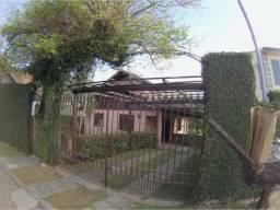 Casa na Cascatinha Triplex com vista para o Caledônia e Chapéu da Bruxa