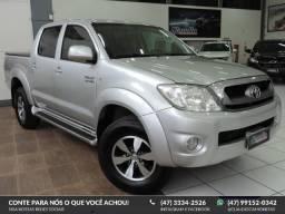 Toyota Hilux 2.7 SR 4X2 CD MANUAL