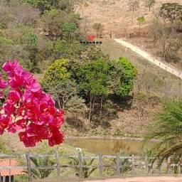 Lindíssima Fazenda de 12 hectares com ricas nascentes em Belo Vale
