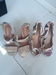 Duas sandálias altas muito barato