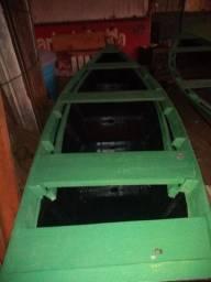 Canoa de 4 metros pintada pronta pra por no Rio